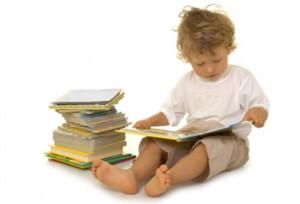 boy_reading_4104183_2_H